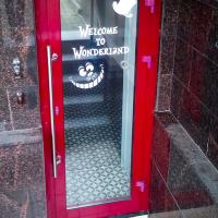 оклейка дверей и окон спб